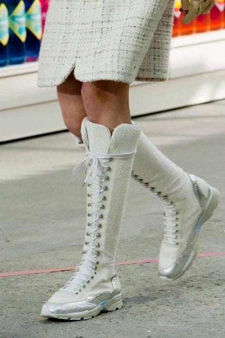 elle-best-fall-2014-shoes-chanel-clp-rf14-0187-v-xln