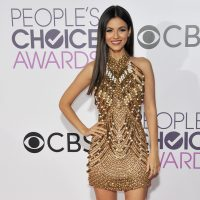 Get the summer Victoria Justice look