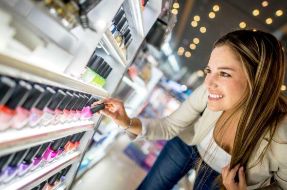 Nejhezčí letní trendy v manikúře a pedikúře